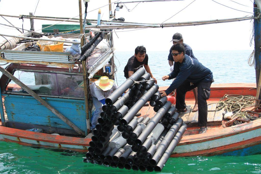 9. บ้านปลาคืนความอุดมสมบูรณ์ให้ท้องทะเลไทย