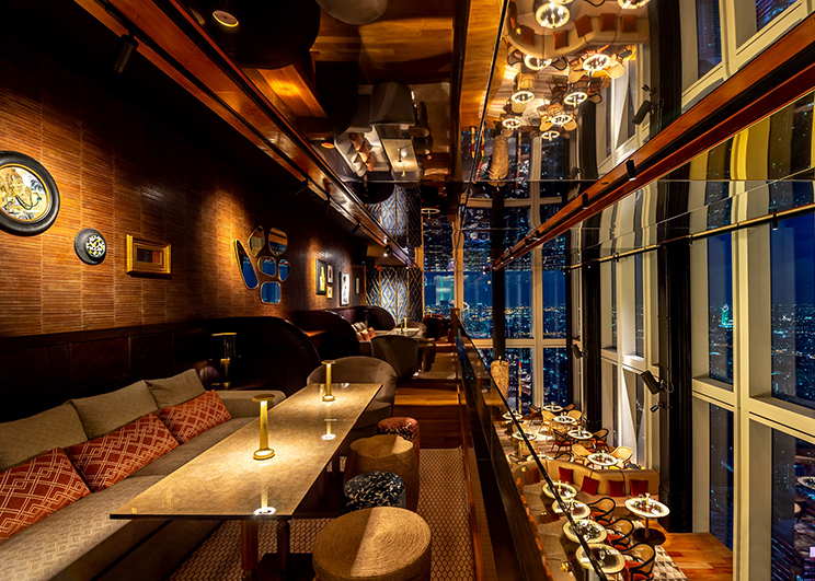"""เปิดเเล้ว…""""มหานคร แบงค็อก สกายบาร์"""" ห้องอาหารเเละบาร์ที่สูงที่สุดในประเทศไทย! สัมผัสวิวอลังการ ผสานรสชาติอาหาร ที่รังสรรค์โดยเชฟระดับโลกอย่างลงตัว"""