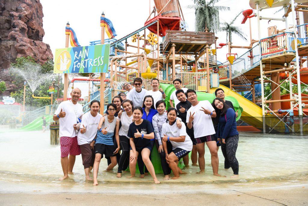Honda Life Crossover Lifestyle Trip_Swimming (6)_resize
