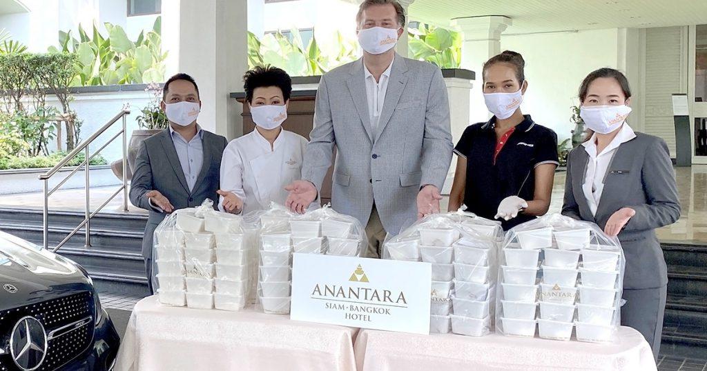 Anantara Siam_Food Donation COVID 19_Memag Online Fb